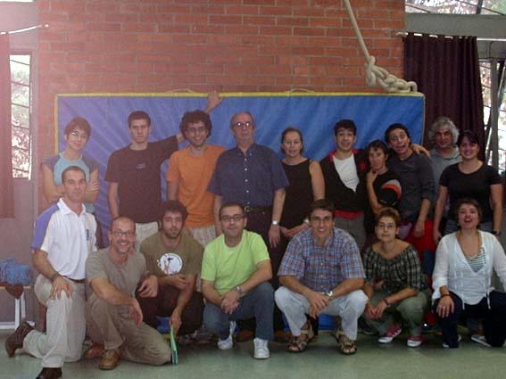 Grupo de discussão sobre Formação Circense - Jornadas de Circo da Catalunha (Escola Rogelio Rivel - Barcelona, outubro de 2004)