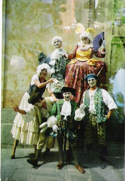 Espetáculo Barroco apresentado em Madrid com a Companhia La Cremallera Teatre