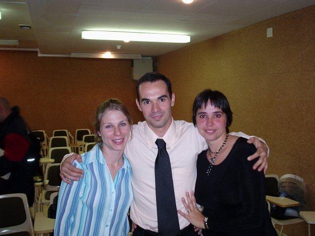 Maria Luisa e Luliana representantes da família durante a banca de doutorado INEFC - Lleida - 5-11-04