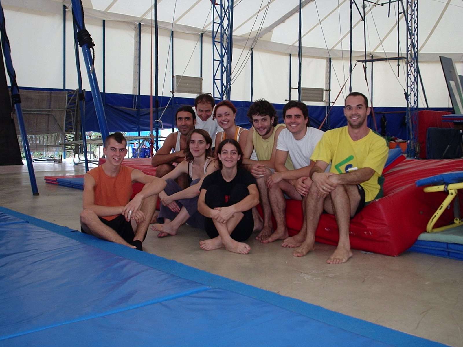 Escola de Circo Rogelio Rivel, Barcelona, 2004