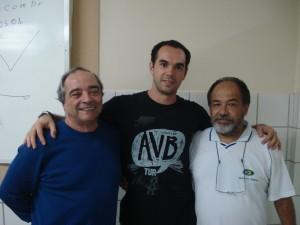 Marco ao lado dos Profs. Sergio Bastos (RJ - esquerda) e Eron (UFPE), julho 2009 no Recife