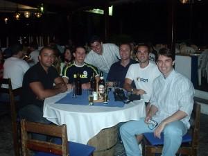 Happy Hour 2005 com pessoal da natação - Pizza Company