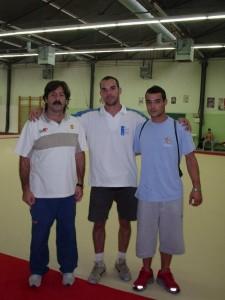 Marco entre Alfredo Hueto e Gervasio Deffer (bi-campeão olímpico de salto), 2004