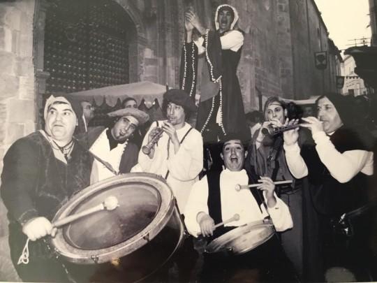 Espetáculo medieval com Cremallera Teatro, 2002 - Perna de pau