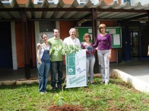 Colocação da Placa do GGU 18 anos na FEF UNICAMP - Coordenadores 2007