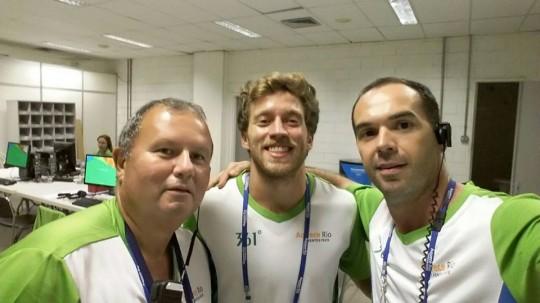Com os camaradas Marco Martins e Henrique Flores na correria do Evento Teste Rio 2016, abril 2016