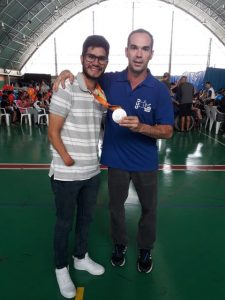 Medalhista paralímpico Yohanson Nascimento no AdaptaFEF, nov. 2018