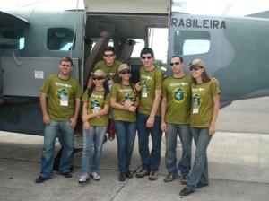 Equipe Rondon embarcando no Caravan da Força Aérea